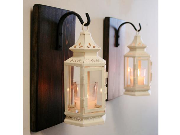 Antique White Shabby Lantern Pair.png