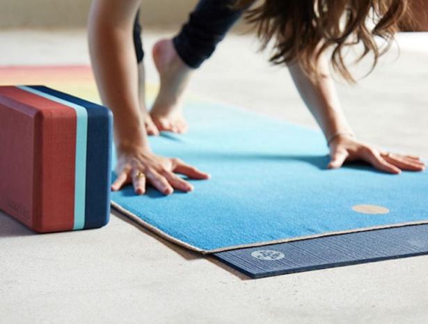 manduka-mats-clean-yoga-mat.png